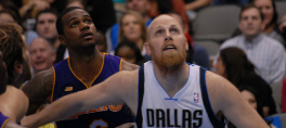 By scott mecum (Flickr: Chris Kaman & earl clark) [CC BY 2.0 (http://creativecommons.org/licenses/by/2.0)], via Wikimedia Commons